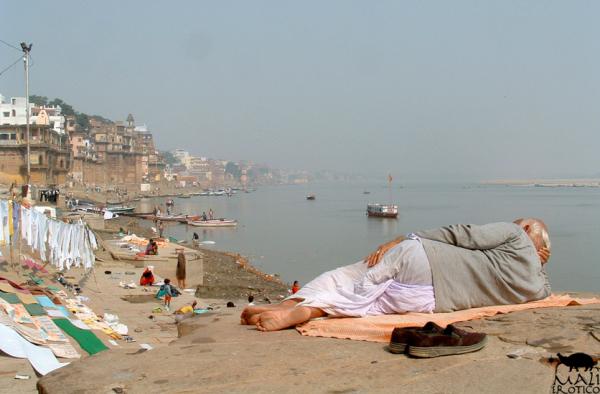 NOTIZIE INDIANE: Varanasi
